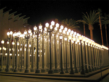 Chris Burden, Urban Light