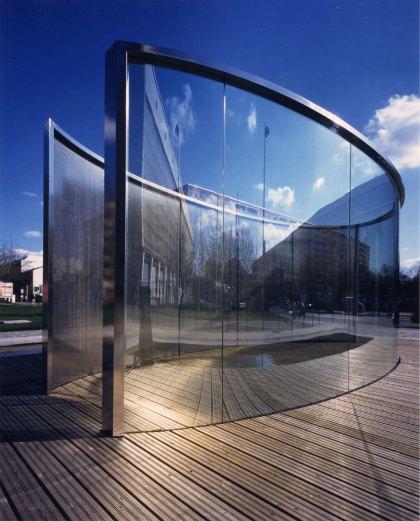 Dan Graham, Pavilion